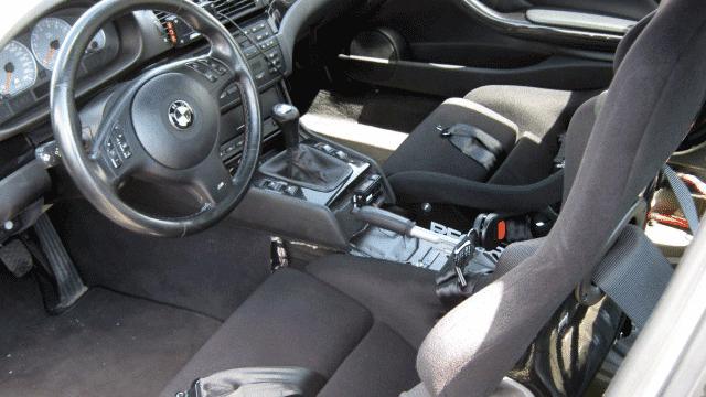 Umbau eines BMW M3, E46 für den Straßeneinsatz; Innenraum