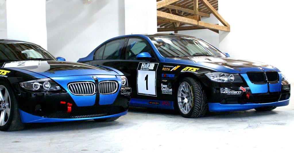 Der BMW 325i E90 in der Klasse V4 der Produktionswagen sowie ein BMW Z4 Coupé für die V5 stehen für 2015 bereit