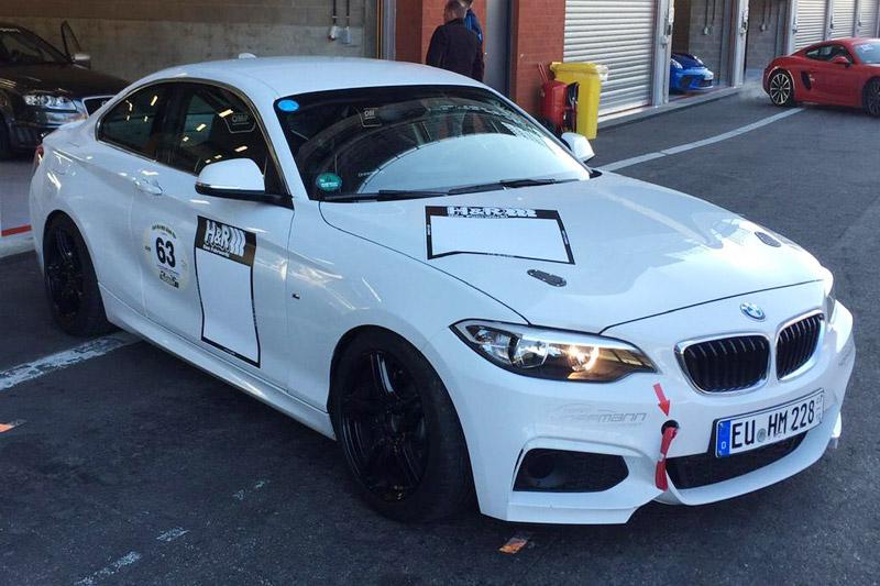 THM nimmt 2015 mit den beiden individuellen BMW-Rennfahrzeugen wieder an den RCN- & VLN-Meisterschaften u. dem 24h-Rennen auf dem Nürburgring teil.