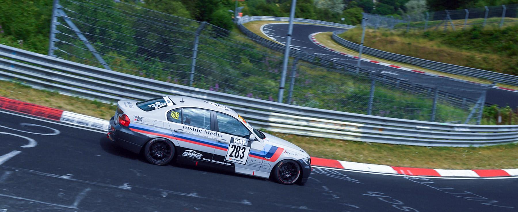 BMW-Team-Hoffmann-Nordschleife-1800×738